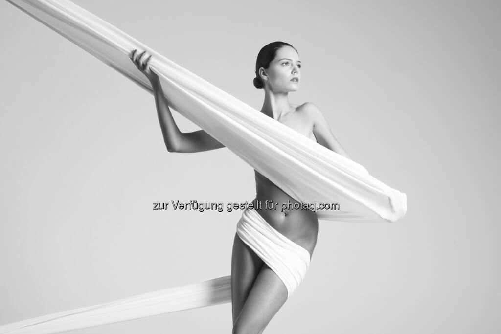 """""""Nackte Tatsachen"""" : Ab 5. August Ausstellung Kunst der Aktfotografie """"Nackte Tatsachen"""" in der Hartlauer Fotogalerie : Fotocredit: Arkadiusz Branicki, © Aussendung (02.08.2016)"""