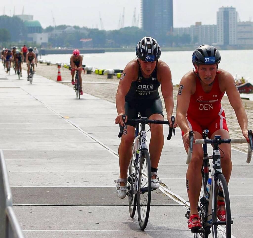 Tanja Stroschneider im Nachklang Rotterdam: Aua. die ersten Meter auf dem Rad sind immer die schönsten. Freu mich schon auf Samstag!!  , © Tanja Stroschneider (02.08.2016)
