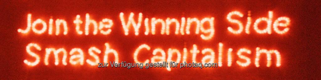 """MuseumsQuartier Wien: Ausstellung """"What is left?"""" im frei_raum Q21 exhibition space / MuseumsQuartier Wien, Join the Winning Side, Smash Capitalism) (Bild: Petra Gerschner), © Aussendung (23.08.2016)"""