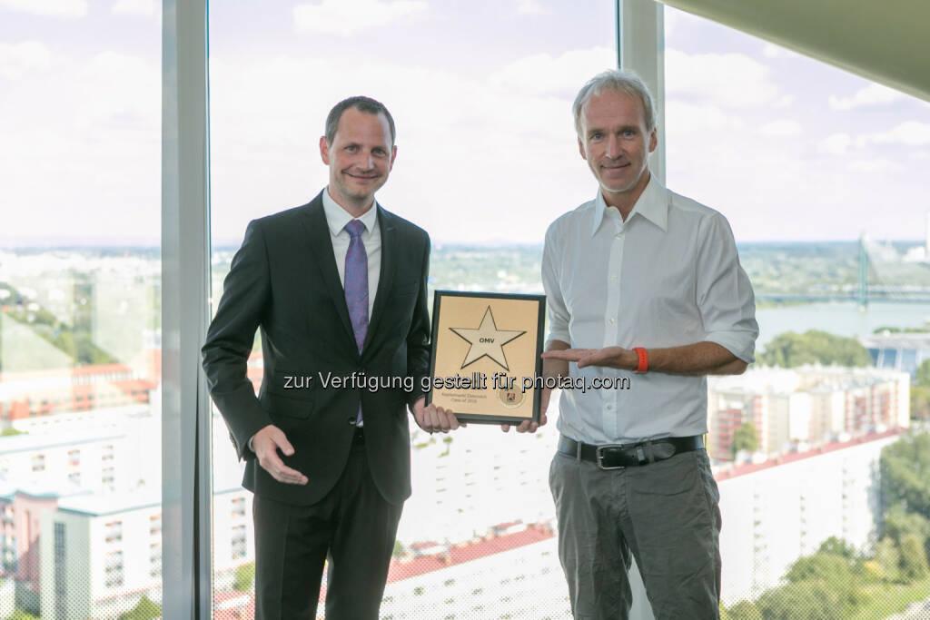 Bernhard Heneis (Investor Relations Manager OMV), Christian Drastil (BSN), © Martina Draper/photaq (24.08.2016)