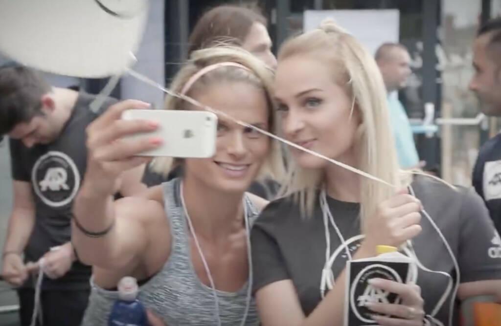 Selfie adidas runners Wien, © Aussender (04.09.2016)