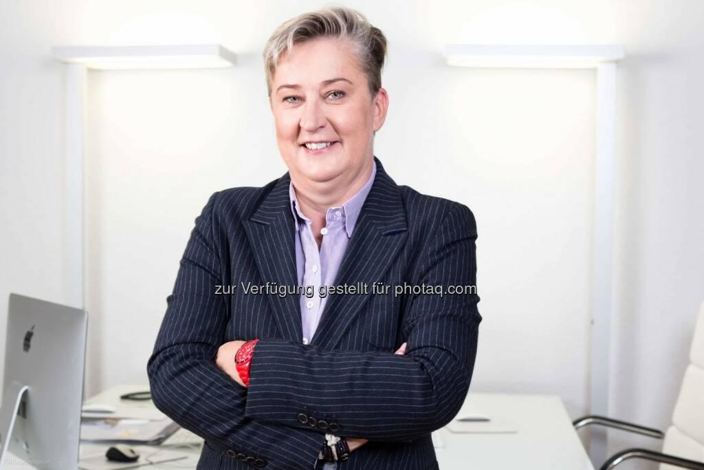 Ortrun Gauper vom SWV Simmering wird stellvertretende Vorsitzende der SWV Wien Frauen : Fotocredit: Fotogarage , © Aussender (06.09.2016)