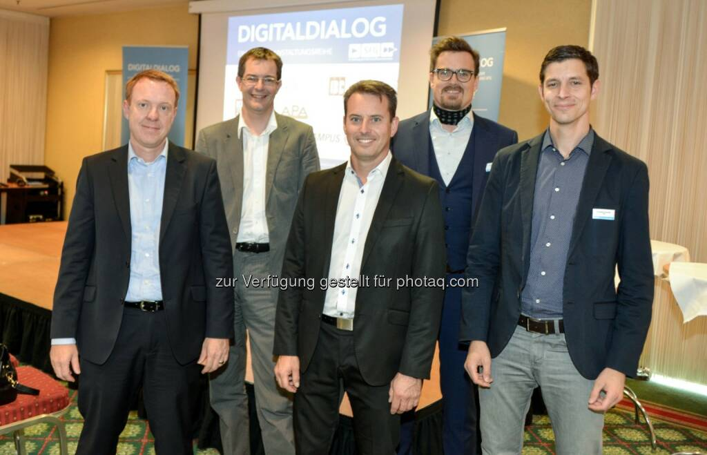 Michael Probst (SAS), Christian Kittl (evolaris), Jürgen Krammer (Kapsch BusinessCom), Hannes Walter (evolaris), Christoph Ehrenhöfer (Pidas) : 42. Digitaldialog in Graz: Connected Products & Services als Basis des zukunftsfähigen Geschäftsmodells : Fotocredit: Digitaldialog/Infonova/APA-Fotoservice/Jamnig (29.09.2016)