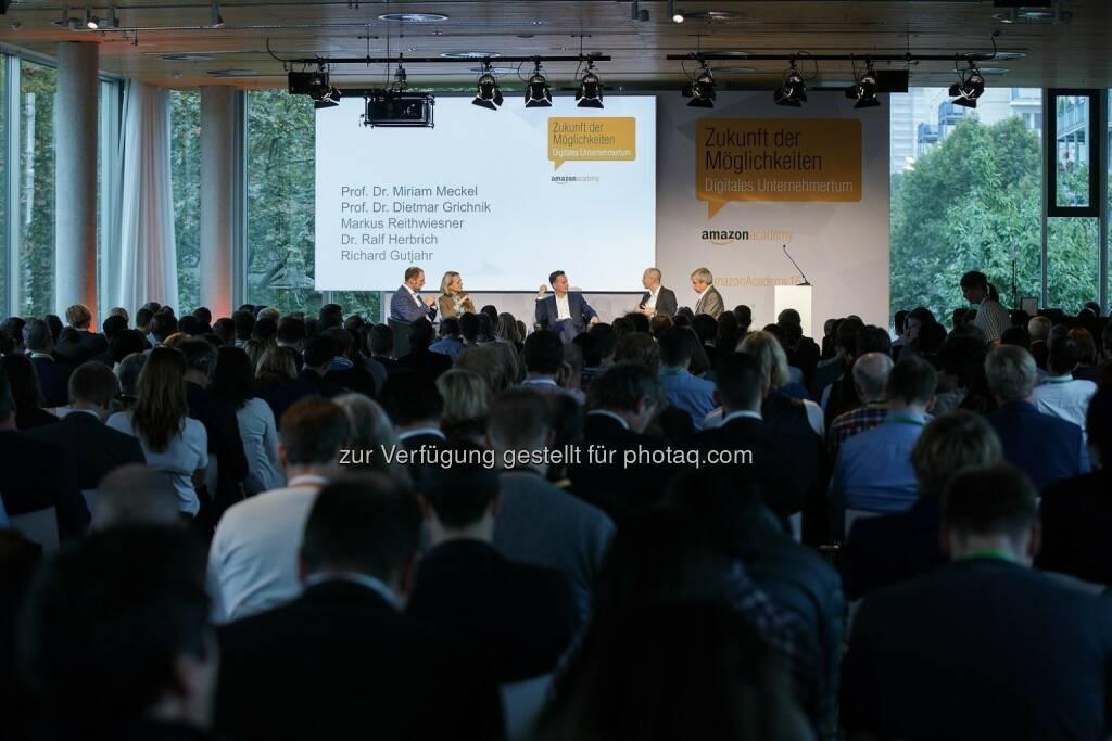 Diskussionspanel der Amazon Academy in Berlin : Amazon startet Förderprogramm für Online-Erfolg kleiner Händler : Fotocredit: amazon.de, © Aussendung (06.10.2016)