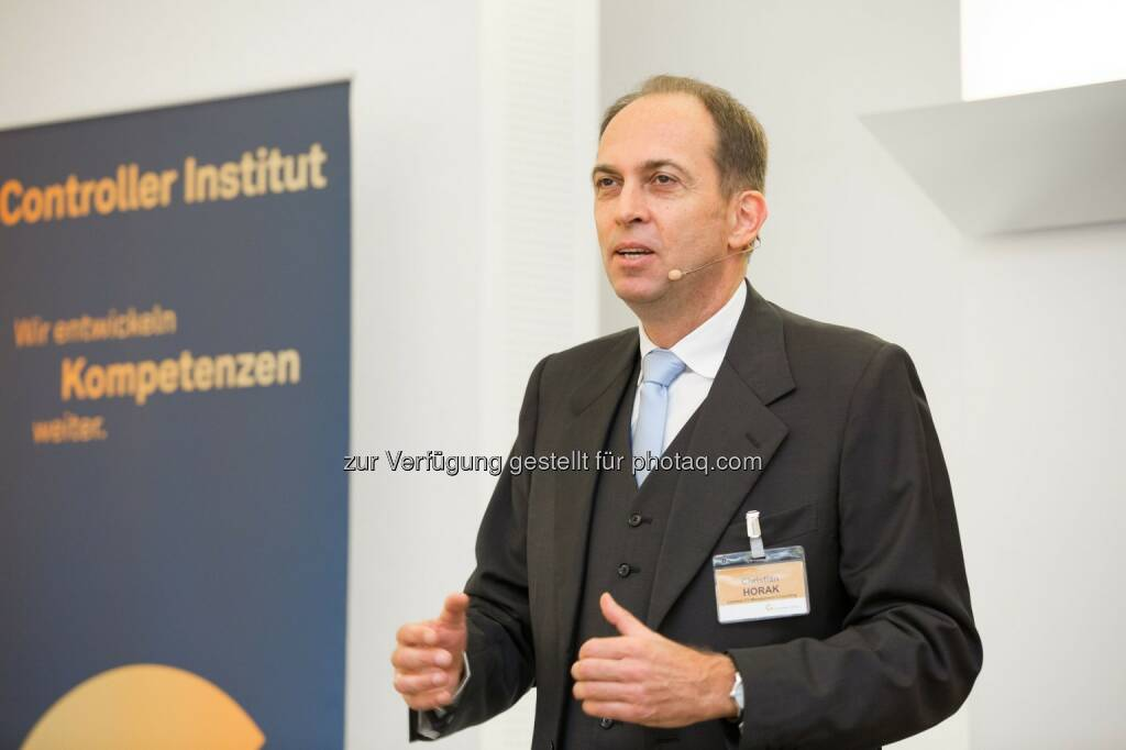 Christian Horak (Fachlicher Leiter des Kongresses und Partner Contrast EY Management Consulting) : 23. NPO-Kongress - Digitalisierung: Wunschtraum oder Albtraum? Fotocredit: Controller Institut/APA-Fotoservice/Juhasz (25.10.2016)