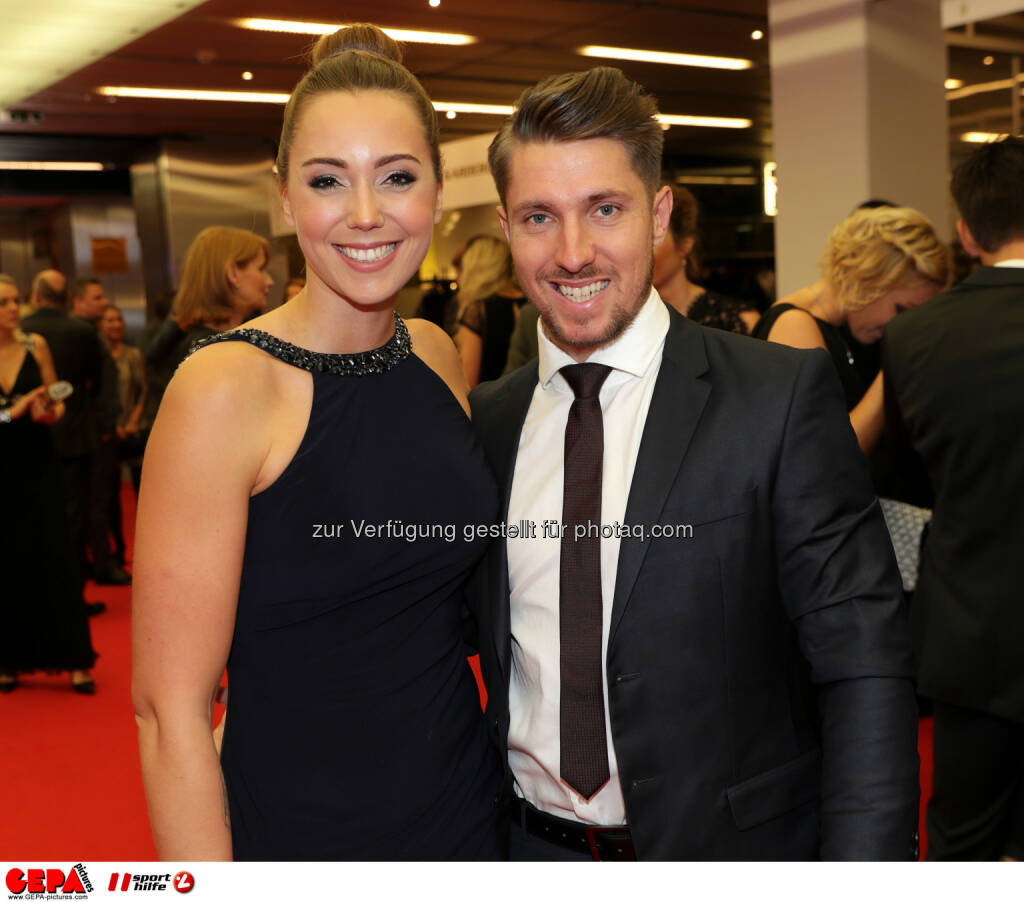 Marcel Hirscher (AUT) and Laura Photo: GEPA pictures/ Walter Luger (28.10.2016)