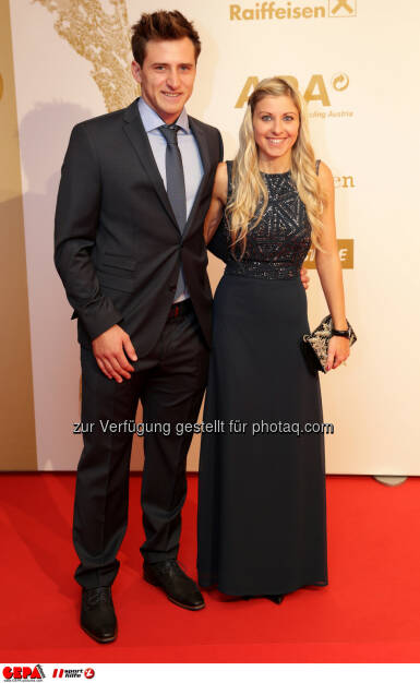 Matthias Mayer (AUT) and his girlfriend Photo: GEPA pictures/ Walter Luger (28.10.2016)