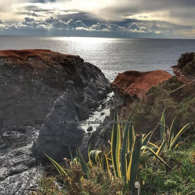 Felsen, Küste, Spanien, © Florian Neuschwander (25.11.2016)
