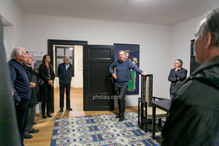 Wilhelm Rasinger (IVA) führt durch die Klimt Villa