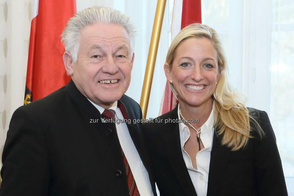 US-Botschafterin Alexa L. Wesner auf Abschiedsbesuch bei LH Pühringer (C) Heinz Kraml, © Aussender (30.11.2016)