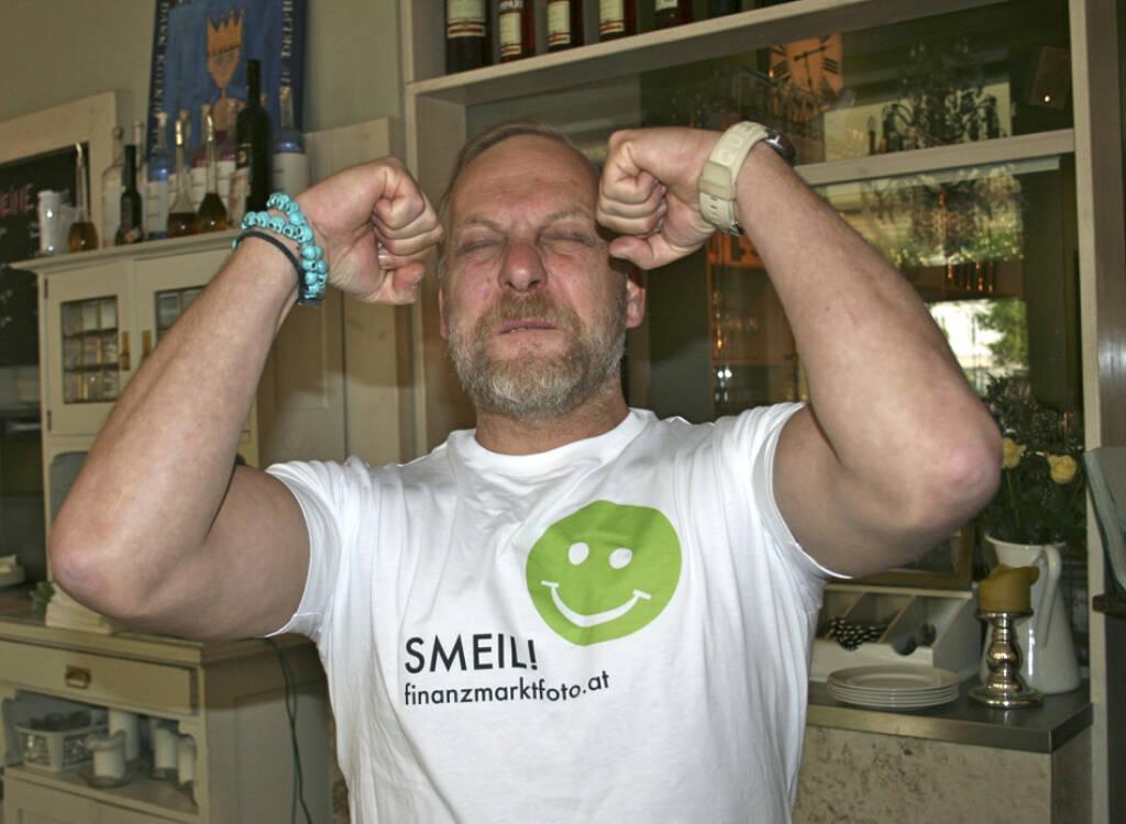 Muscle Smeil: Heinz Karasek aus der Serie http://finanzmarktfoto.at/page/index/444 (06.05.2013)