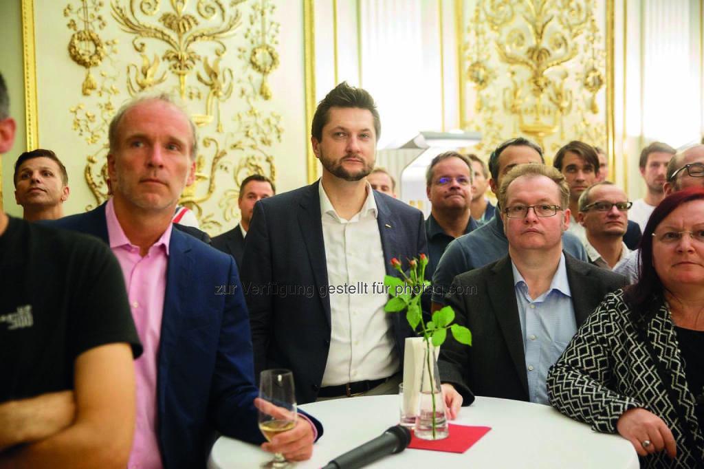 Christian Drastil, Damian Izdebski, Gregor Rosinger, Yvette Rosinger (Fotocredit: startup300) (06.12.2016)