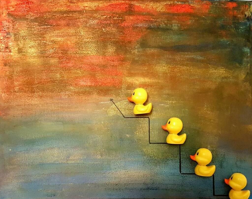 Chart aufwärts Yes Plus: Entchen und Frösche verlassen den Teich und erklimmen den Himmel. Denn Erfolg ist grenzenlos. http://lisartg.jimdo.com - Lisa Grüner (12.12.2016)