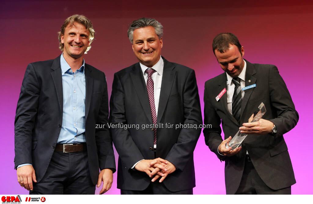 Markus Schopp (SK Sturm Graz), Hubert Patterer (Kleine Zeitung) und Mario Haas (SK Sturm Graz), Foto: GEPA pictures/ Markus Oberlaender (08.05.2013)