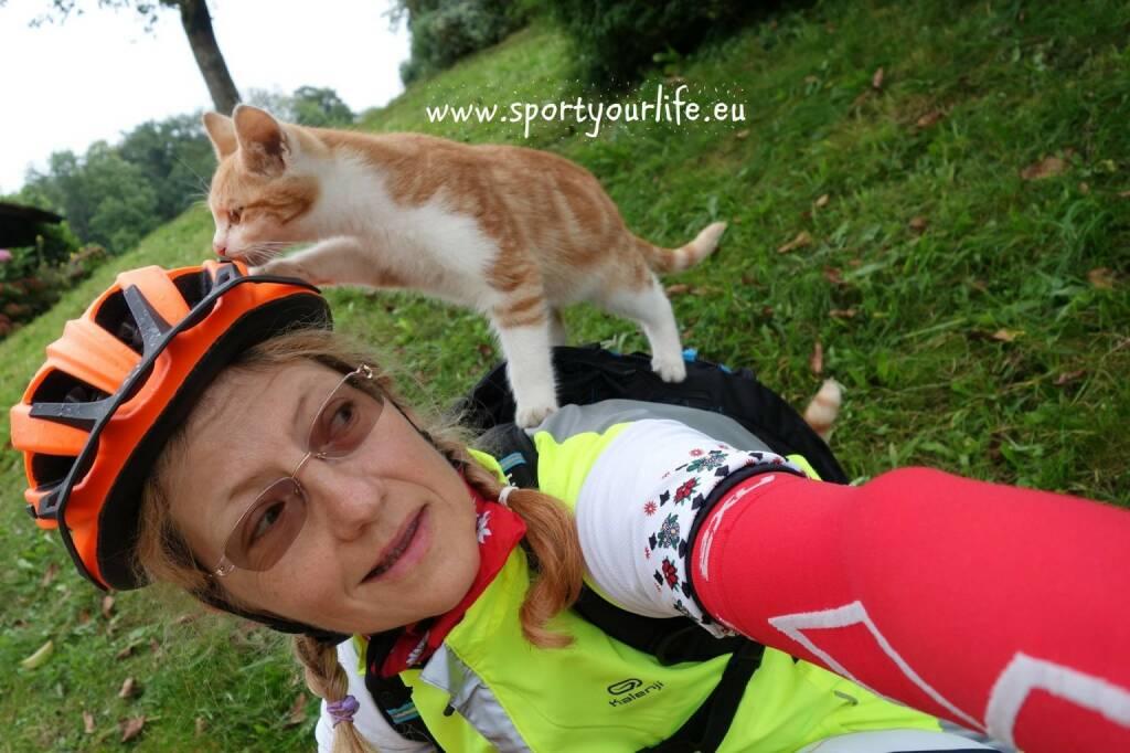 Anka Berger Nominierung Mein Sportschnappschuss 2016 - Radtraining durch Felder und Bauernhöfe - Voten und/oder auch sich selbst nominieren unter http://www.facebook.com/groups/Sportsblogged (26.12.2016)