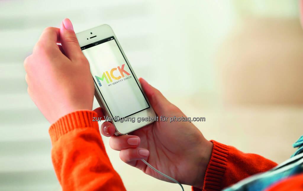 """Mit MICK (My Identity Check) der Österreichischen Staatsdruckerei wird Online-Identifikation easy und sicher. - Österreichische Staatsdruckerei: Online-Identifikation: Staatsdruckerei ist mit """"MICK"""" startklar (Fotocredit: OeSD), © Aussendung (29.12.2016)"""