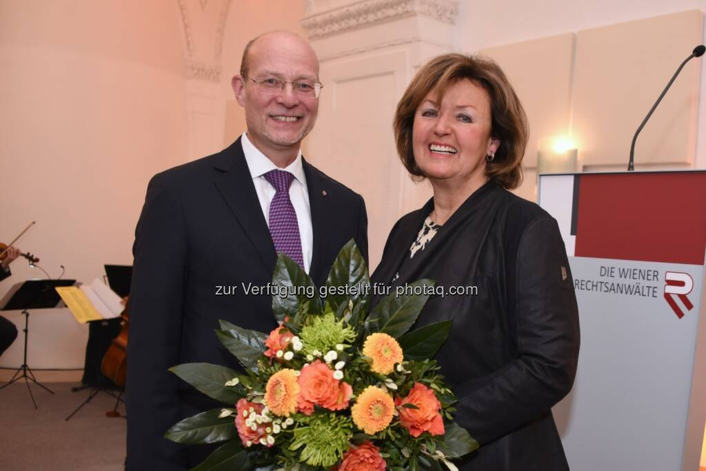 Michael Enzinger und Gisela Friedrichsen - Rechtsanwaltskammer Wien: 8. Neujahrsempfang der Rechtsanwaltskammer Wien (Fotograf: Doris Kucera), © Aussender (18.01.2017)