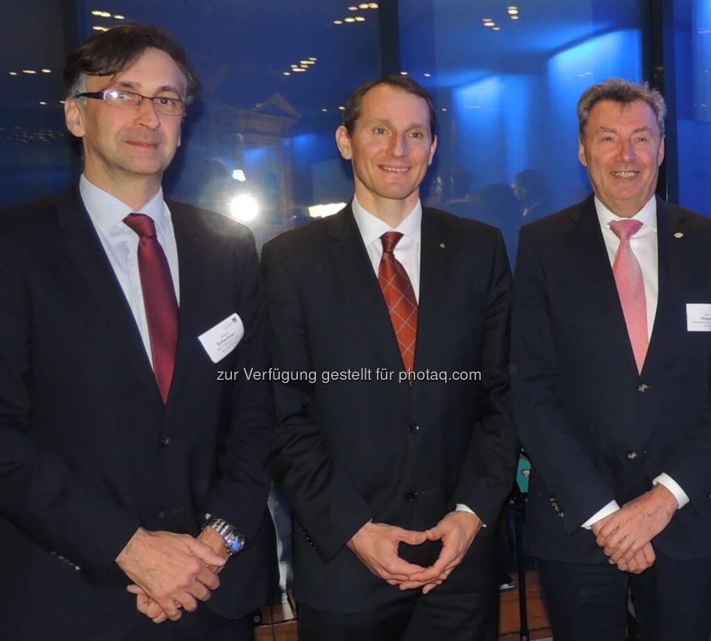 Johann Schachner (Atos), Stefan Dörfler (Erste Bank) sowie Viktor Wagner (Reiwag)  - Wirtschaftsforum der Führungskräfte: Neujahrsempfang über den Dächern von Wien (Bild: A. Raab/WdF), © Aussender (23.01.2017)