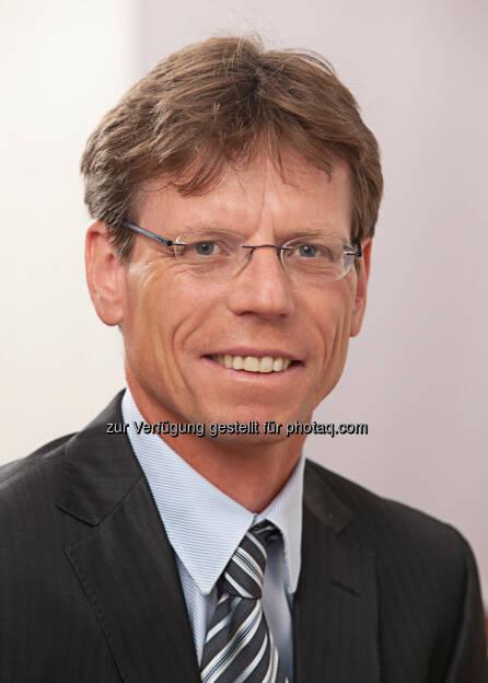Hannes Maurer, Vorstand Porsche Bank AG - Porsche Bank AG: Innovatives Bankengeschäft - Porsche Bank SMART DRIVER (Fotocredit: Porsche Bank AG), © Aussender (25.01.2017)