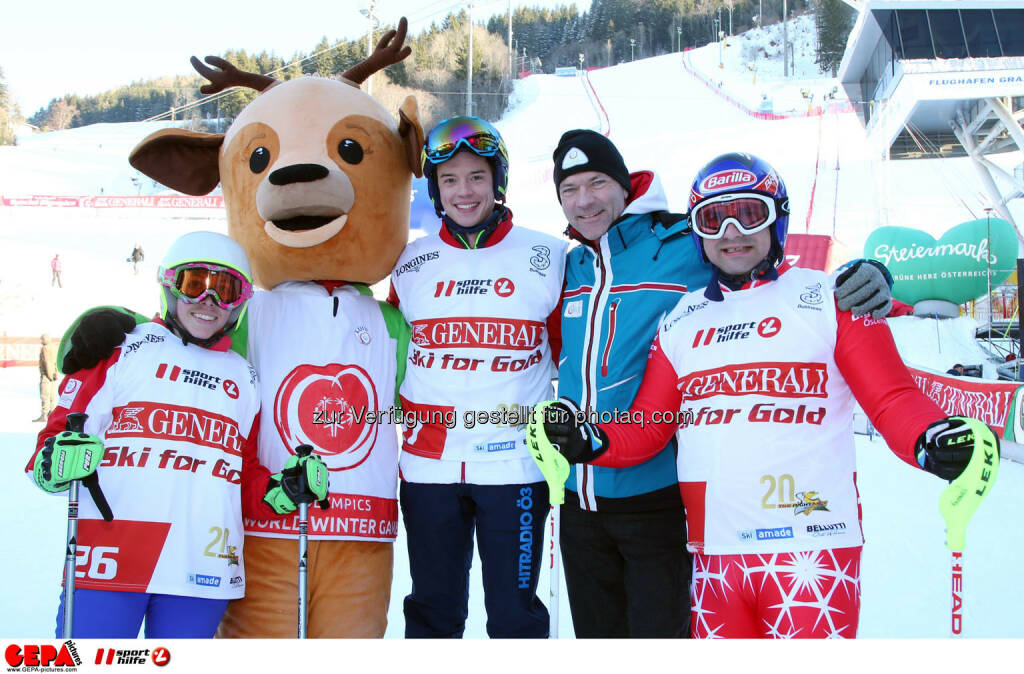 Ski for Gold Charity Race. Image shows Ricarda Huber, mascot Luis, Philipp Hansa, mayor Juergen Winter (Schladming) and Thomas Praxmarer. Keywords: Special Olympics World Winter Games, SOWWG Austria 2017 preview. Photo: GEPA pictures/ Harald Steiner (26.01.2017)