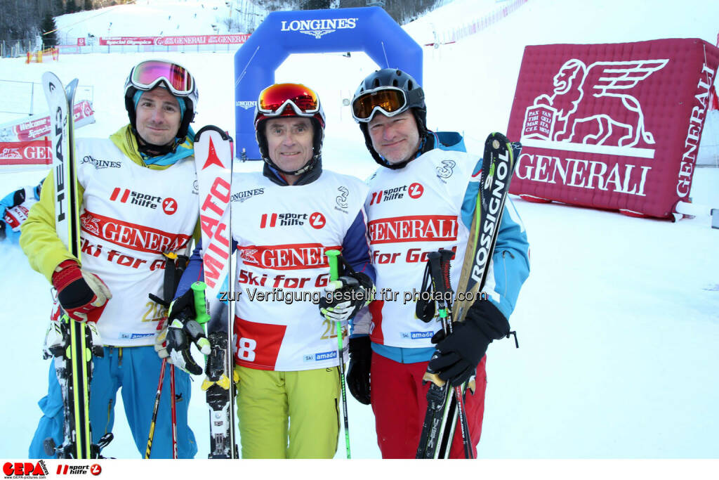 Ski for Gold Charity Race. Image shows Wolfgang Schreder, Karl Obauer and Christoph Sauermann. Photo: GEPA pictures/ Harald Steiner (26.01.2017)
