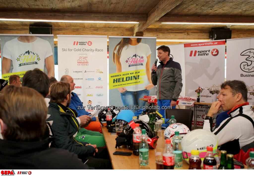 Ski for Gold Charity Race. Image shows an overview and managing director Harald Bauer (Sporthilfe). Photo: GEPA pictures/ Daniel Goetzhaber (26.01.2017)