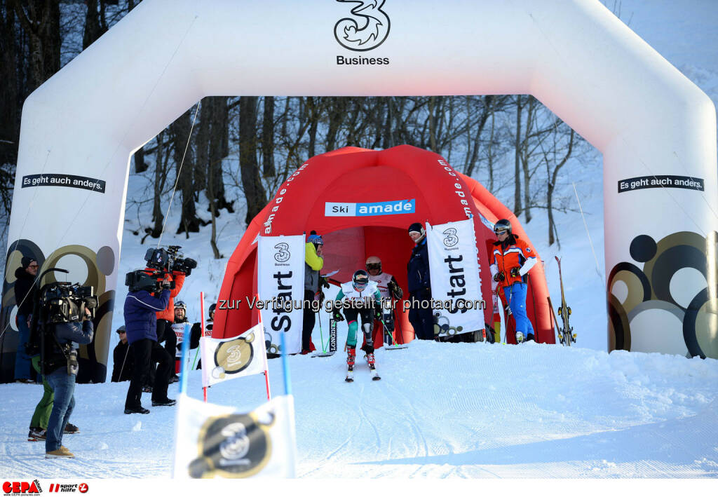 Ski for Gold Charity Race. Image shows Heather Mills. Photo: GEPA pictures/ Daniel Goetzhaber (26.01.2017)