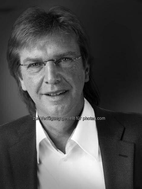 Bert Neckermann, Verwaltungsrat der TAXMOBIL Aktiengesellschaft. - TAXMOBIL Aktiengesellschaft: Die Mobilität der Zukunft ist wieder am Start: Gelungener Konkurswiderruf der TAXMOBIL AG (Fotocredit: TAXMOBIL Aktiengesellschaft), © Aussender (09.02.2017)