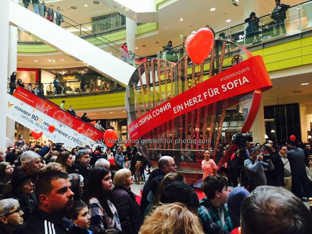 W24 - das Wiener Stadtfernsehen: Wien liebt Sofia: Eine starke Verbindung (Fotocredit: Eurocomm PR), © Aussender (13.02.2017)
