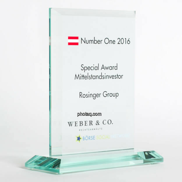 Number One Awards 2016 - Special Award Mittelstandsinvestor Rosinger Group, © photaq/Martina Draper (13.02.2017)