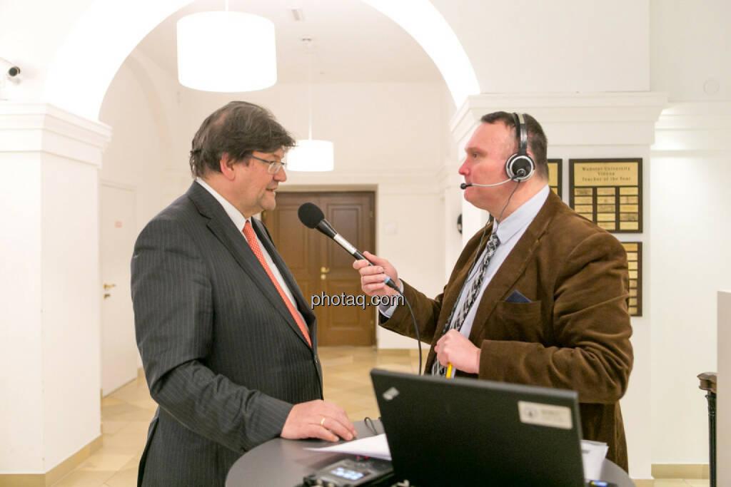 Stefan Zapotocky, Peter Heinrich (Börsenradio) , © Martina Draper/photaq (16.02.2017)