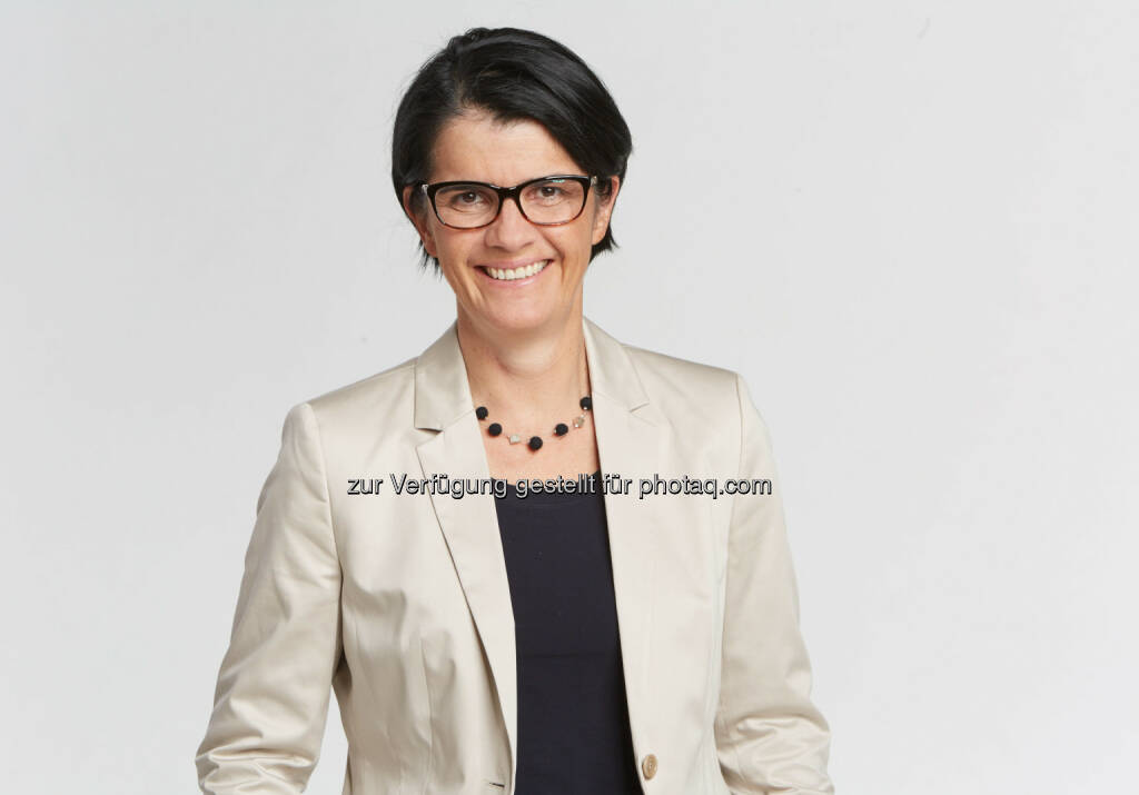 WKÖ Petra Nocker-Schwarzenbacher spricht sich gegen Vorschläge von Bundeskanzler Kern zur Einschränkung der versprochenen Lohnebenkostensenkung aus - Wirtschaftskammer Österreich: Tourismus gegen Verwässerung des Beschäftigungsbonus (Fotocredit: Wirtschaftskammer Österreich), © Aussender (21.02.2017)