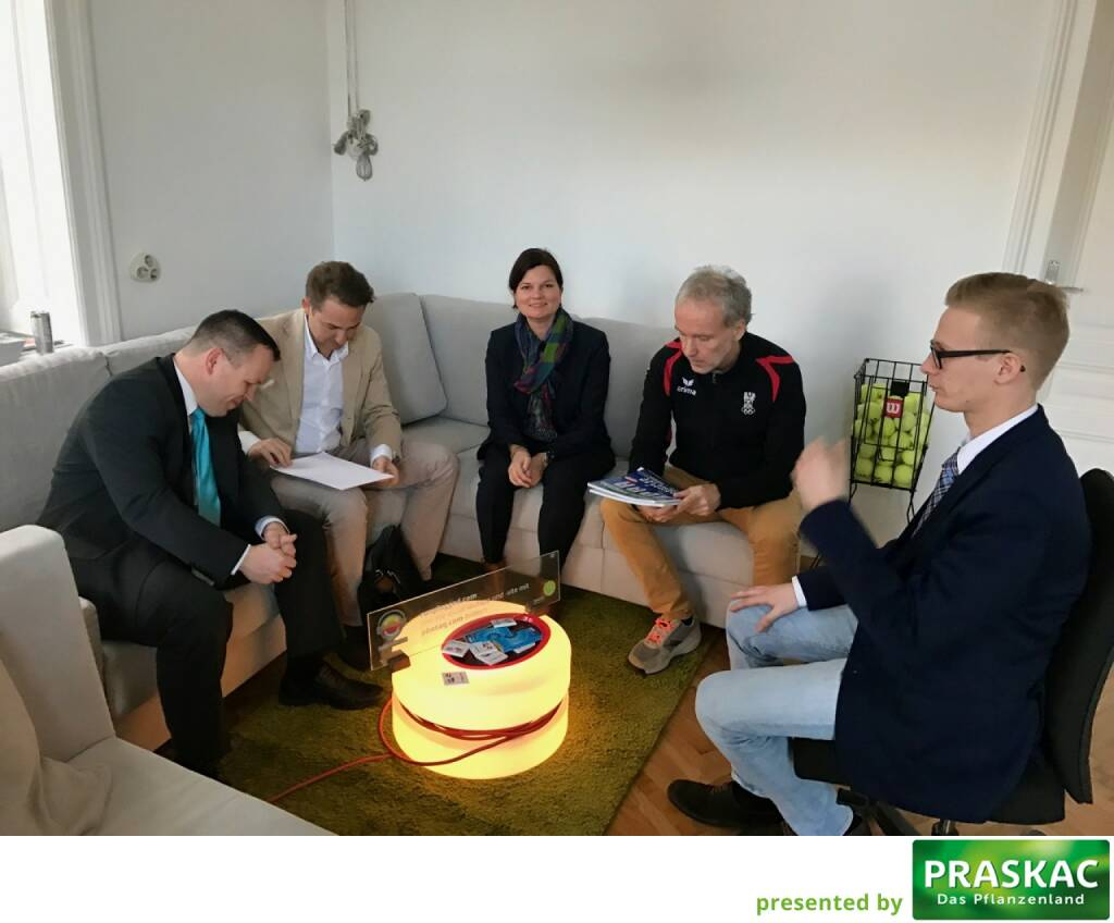 CFD World Austria: Gabor Mehringer, Richard Dobetsberger, Valerie Heller, Christian Drastil, Dino Villhauer (01.03.2017)