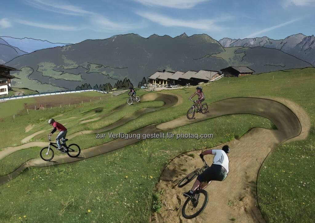 Ein Skills Area schult die Technik und Geschicklichkeit auf dem Bike - Kitzbüheler Alpen - St. Johann Oberndorf-Kirchdorf-Erpfendorf: Region St. Johann in Tirol zündet den Bike-Turbo (Fotocredit: Allegra Tourismus), © Aussender (07.03.2017)