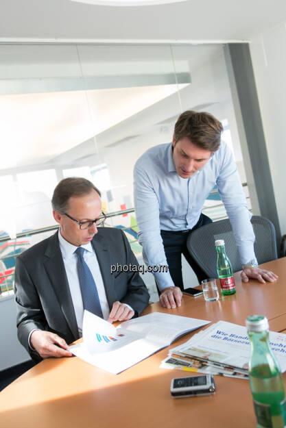 Klaus Malle (Country Managing Director Accenture Österreich); Peter Auer (Marketing Accenture Österreich), © finanzmarktfoto/Martina Draper (14.05.2013)