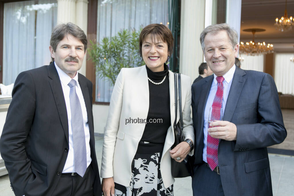 Ernst Vejdovszky (S Immo), Elisabeth Hammerbacher (UniCredit), Eduard Zehetner (Immofinanz), © finanzmarktfoto/Martina Draper (15.05.2013)