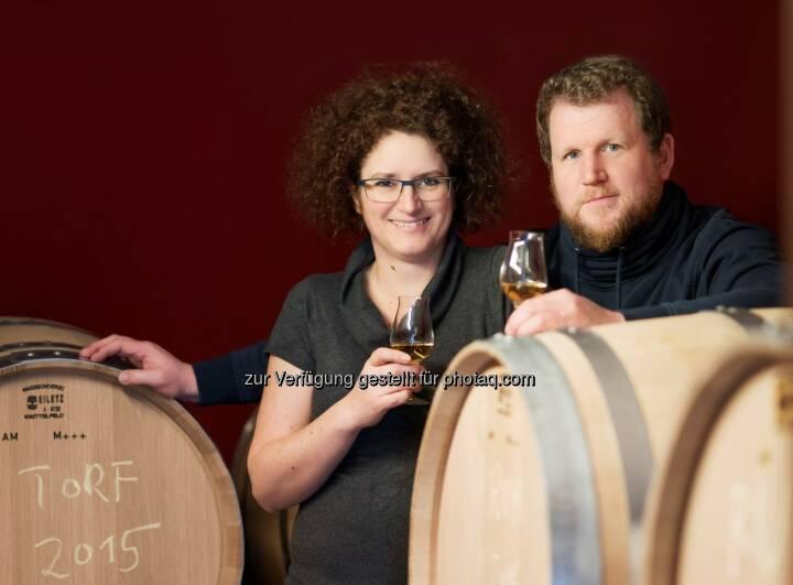 Carmen und Werner Krauss sind mit ihren Gins DISTILLERY OF THE YEAR - Feindestillerie Krauss: Krauss ist Distillery of the Year (Fotograf: Karim Zaatar / Fotocredit: Krauss)