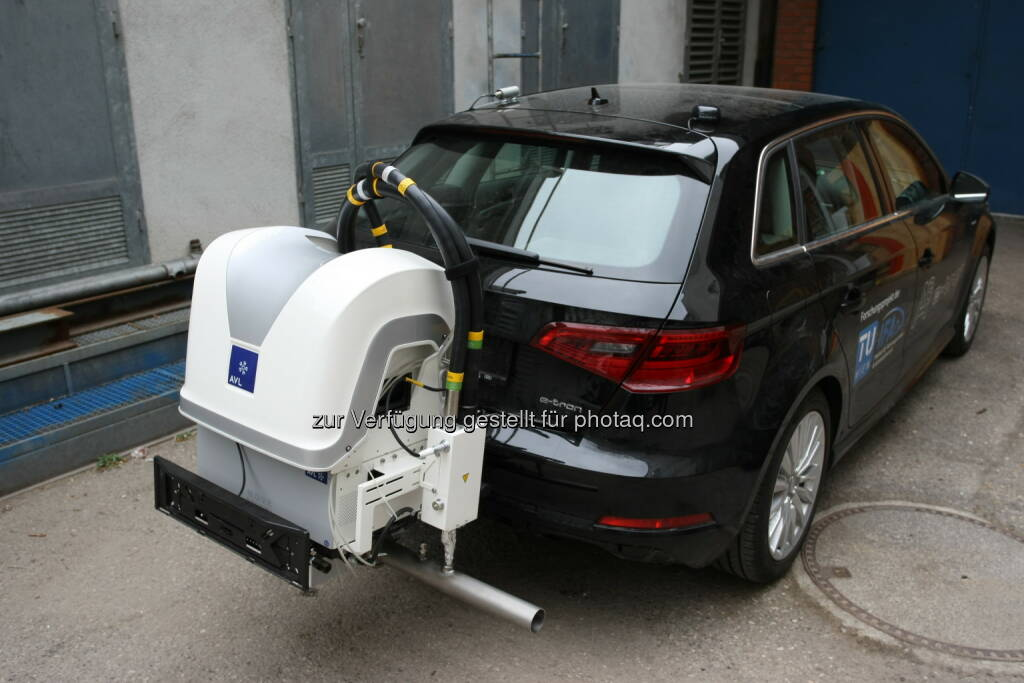 Ein Fahrzeug mit Messgerät für Onroad-Messungen - Technische Universität Wien: Weniger Feinstaub durch Bio-Ethanol im Tank (Fotocredit: TU Wien), © Aussendung (07.04.2017)