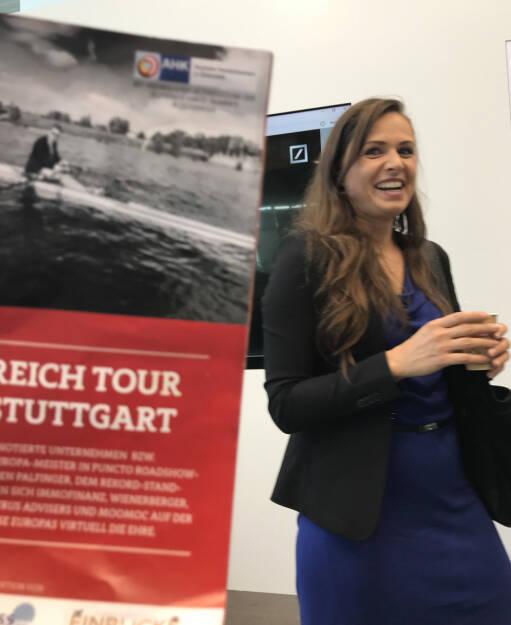 Christin Rölz mit dem Mini-  http://www.boerse-social.com/magazine , beigelegt bei http://markteinblicke.de #invest2017 (09.04.2017)