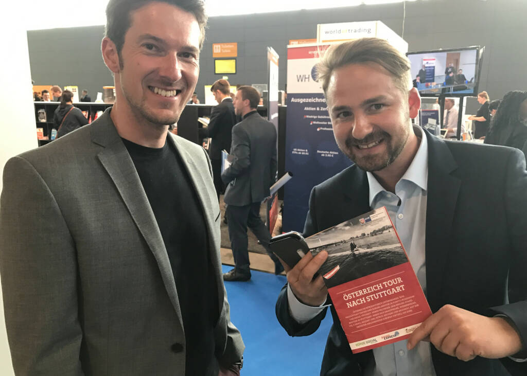Hansjörg Peer und Richard Dobetsberger mit dem Mini-  http://www.boerse-social.com/magazine , beigelegt bei http://markteinblicke.de #invest2017 (09.04.2017)