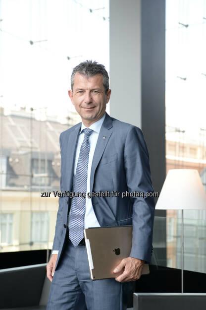 Kurt Svoboda, CRO/CFO UNIQA Group - UNIQA Insurance Group AG: UNIQA: Kapitalquoten und Risikoposition weiter verbessert (Fotocredit: Rudi Froese), © Aussender (21.04.2017)