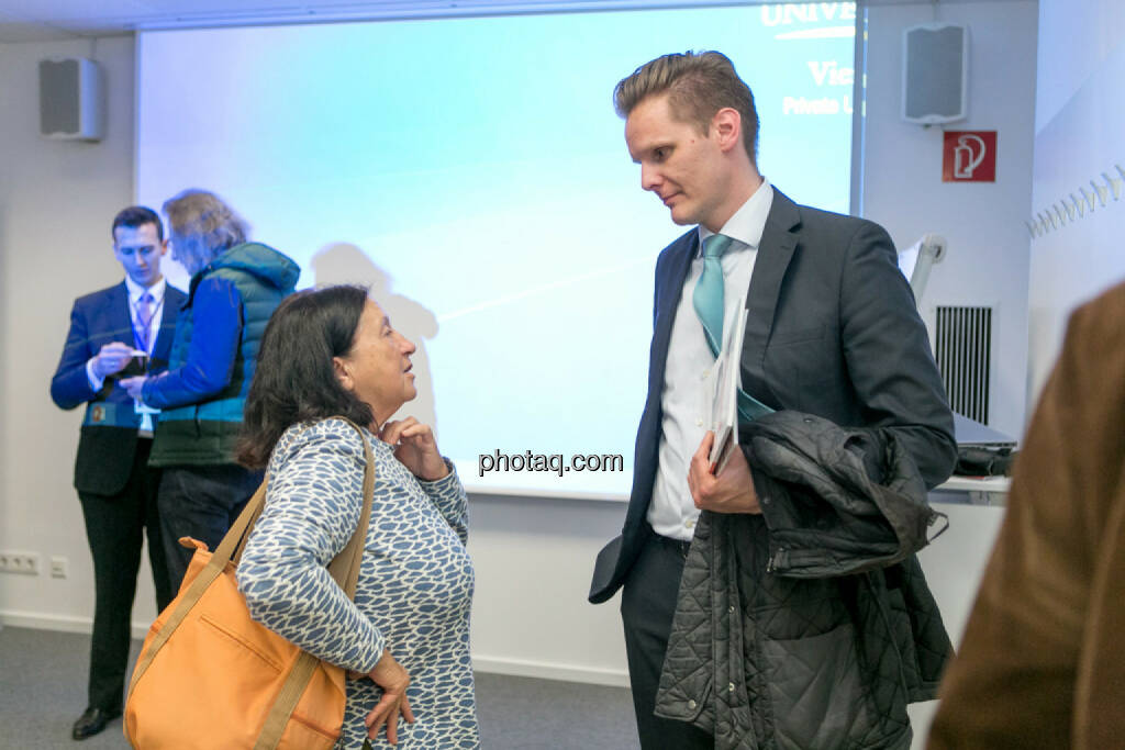 Florian Helmberger (Hello bank!) im Gespräch, © Martina Draper/photaq (27.04.2017)