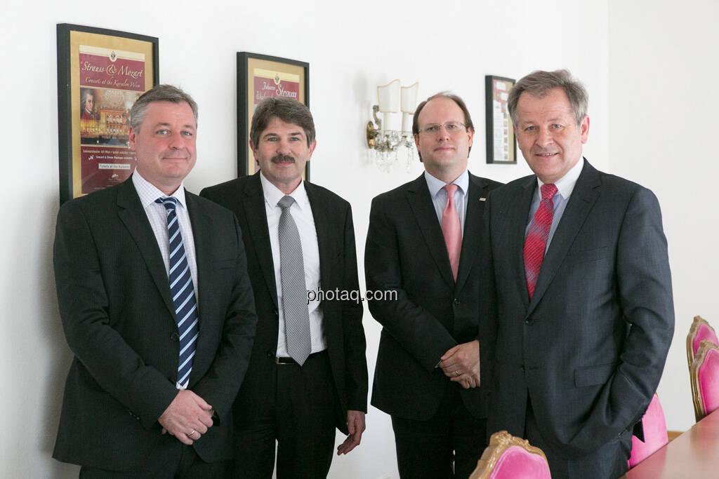 Thomas Doll (conwert), Ernst Vejdovszky (S Immo), Florian Nowotny (CA Immo), Eduard Zehetner (Immofinanz), © finanzmarktfoto.at/Martina Draper (15.05.2013)
