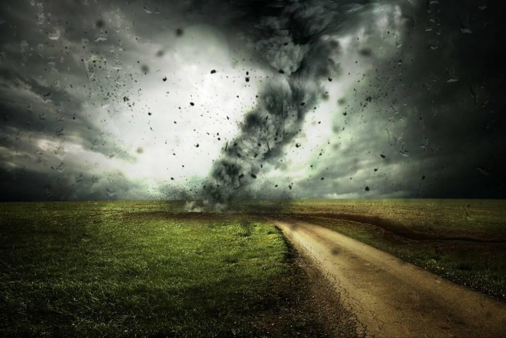 Sturm, Hurrikan, Unwetter (Bild: Pixabay/Comfreak https://pixabay.com/de/wirbelsturm-sturm-hurrikan-unwetter-2102397/ )    (03.05.2017)