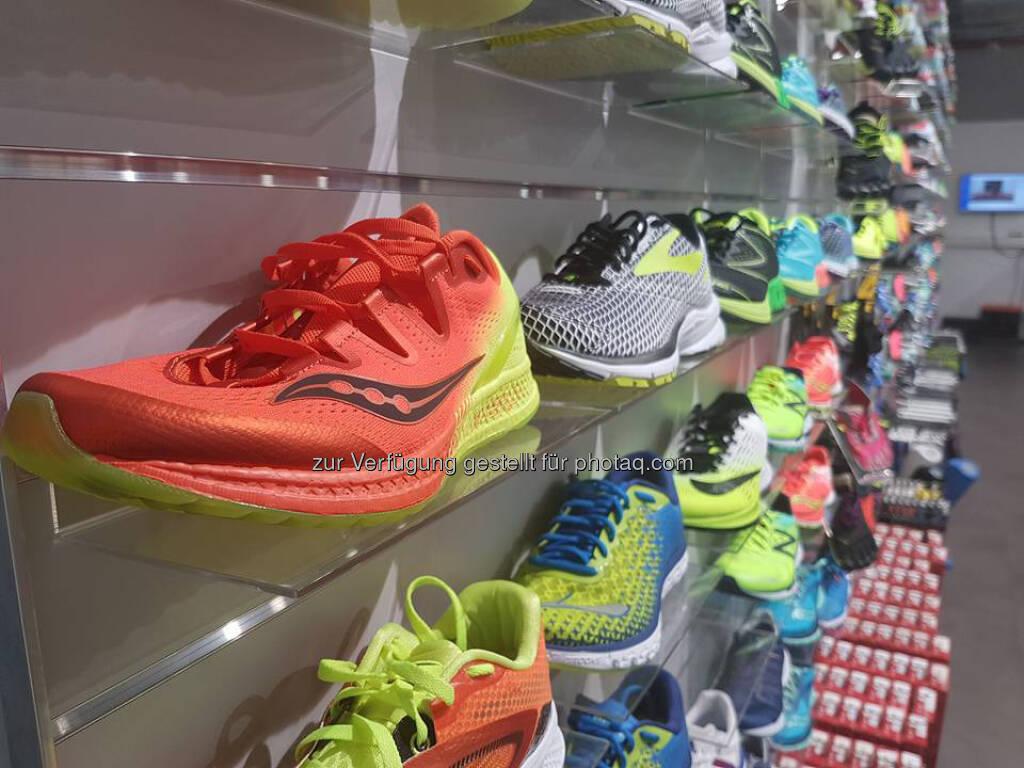 Laufschuhe, Schuhe, laufen (05.05.2017)
