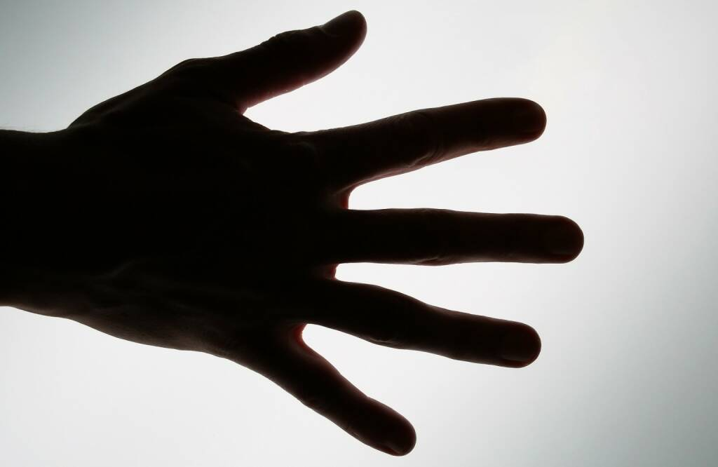 Hand, Greifen, nehmen, Übernahme (Bild: Pixabay/Meditations https://pixabay.com/de/abstrakt-zu-erreichen-arm-1239320/ )    (05.05.2017)