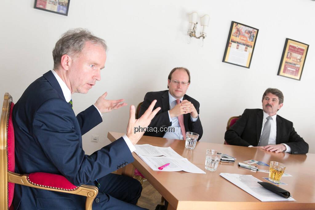 Christian Drastil, Florian Nowotny (CA Immo), Ernst Vejdovszky (S Immo), © finanzmarktfoto.at/Martina Draper (15.05.2013)