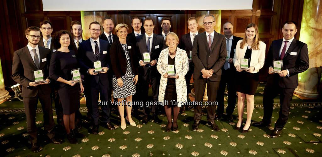 Zertifikate Award Austria 2017 - RCB-Team (Fotocredit: Zertifikate Forum Austria) (19.05.2017)