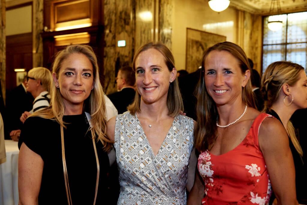 Elke Müller (Scholdan), Valerie Ferencic (ZFA), Martina Beran (ex-ZFA), © Zertifikate Forum Austria (19.05.2017)