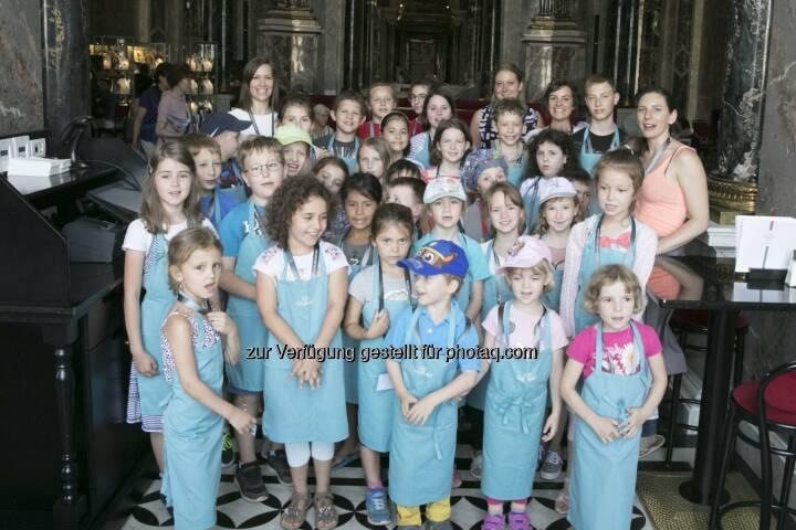 Kinder bei der Kinderkochwerkstatt im KHM Wien - GOURMET: GOURMET: Kinder, Kunst und Kochen im Kunsthistorischen Museum Wien (Fotocredit: Gourmet)